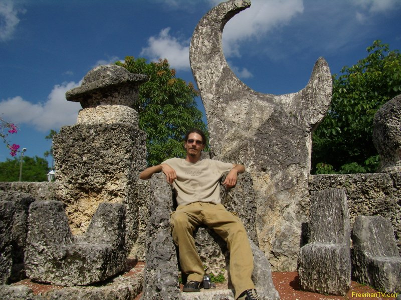 Coral Castle Throne and Freeman