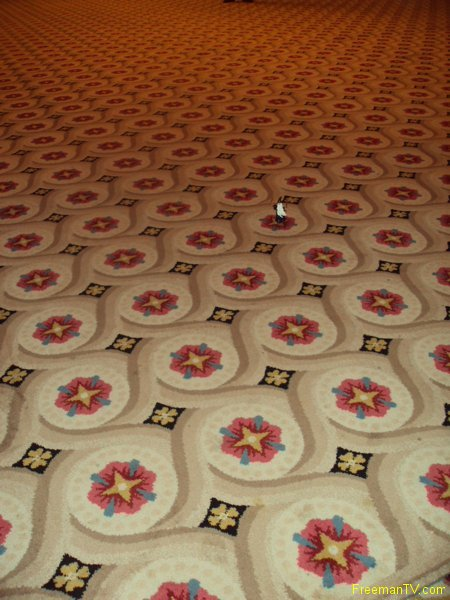 house-temple-33rd-hand-woven-carpet