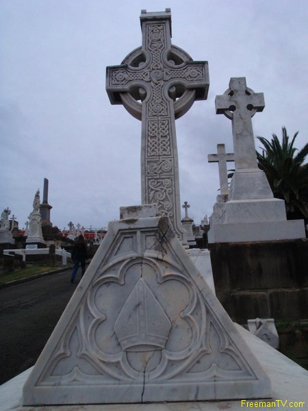 Celtic Cross Sydney Graveyard