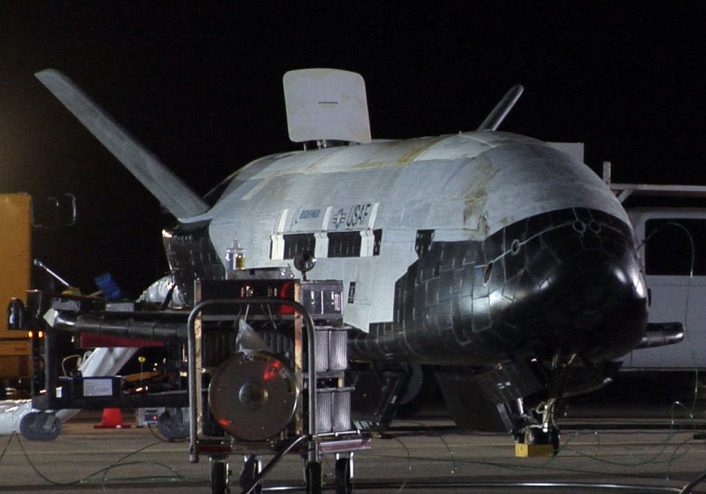 black military space shuttles - photo #16