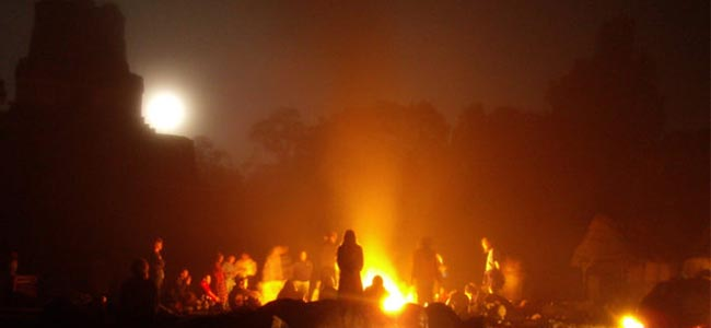 Winter Solstice of 2007 Mayan Shamans Performed First All Night Ritual at the Pyramids of Tikal